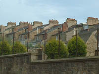 The back of Balmoral Road, from East Road, Lancaster, UK, 02/06/04